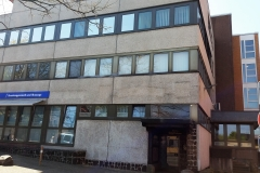 39 - Kegelbahntür Ärztehaus Sutelstr.