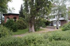 52 - Pavillon im Garten der Seniorenanlage Luise-Blume-Stiftung, gesehen vom Lahr Kirchweg aus
