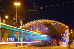 Noltemeyerbrücke, einlaufende S-Bahn